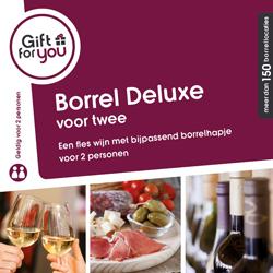 Fles wijn met bijpassend borrelhapje voor twee personen.