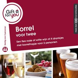 Fles rode of witte wijn of 4 drankjes met een borrelhapje voor twee personen.
